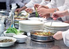 Cordon Bleuとは、フランス語で最高の料理、料理上手なシェフなどの意味をもつ慣用句