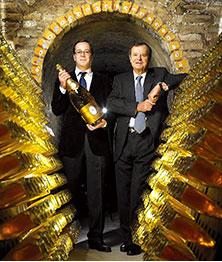 イ・ロデレール社の「プレステージ・シャンパーニュ」が、皇帝御用達の「クリスタル」です。