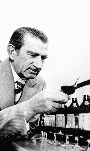 ペンフォールズの歴史の中でもキー・ワインメーカーとなるマックス・シューバート